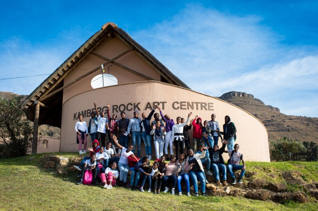 ScienceSpaza_NSW2017_Trip_Learners_at_KambergRockArtCentre.jpeg